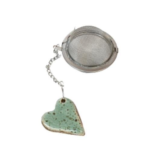 Infusor de chá com pingente coração verde